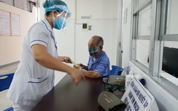 [Nhật ký từ tâm dịch Đà Nẵng]: Bệnh viện C kiểm soát từng người vào khám, điều trị