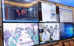 Bộ Y tế tiếp tục tăng cường chuyên gia giỏi vào miền Trung, tặng 2 tỷ đồng cho bệnh viện tuyến đầu điều trị COVID-19