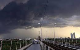 Miền Bắc mưa giông lớn gia tăng 2 ngày cuối tuần