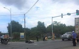 Vạ cham với container, người đàn ông đi xe máy tử vong thương tâm