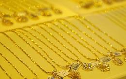 """Giá vàng hôm nay 3/8: Thị trường vàng trong nước """"nóng xình xịch"""""""
