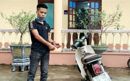 Không chấp hành hiệu lệnh dừng xe, nam thanh niên tông gãy chân đại uý công an