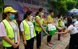 """Nutifood trao tặng 3,5 triệu sản phẩm trị giá 30 tỷ đồng cho chương trình """"sức mạnh Việt chung tay đẩy lùi COVID"""""""