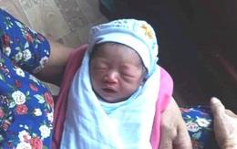 Hải Dương: Xót xa bé gái sơ sinh bị bỏ rơi trước cổng đền và lá thư nhờ nuôi giúp