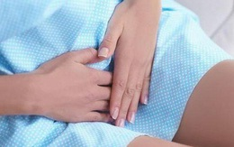 Cô gái 23 tuổi bị ung thư cổ tử cung giai đoạn cuối vì một sai lầm khi quan hệ