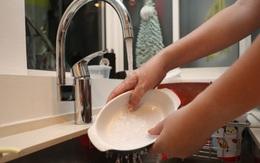 Hóa đơn tiền nước hàng tháng tăng thêm 20%, nguyên nhân có thể tới từ việc nhà bạn đang thuê người giúp việc