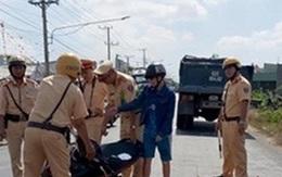 Truy tìm ô tô 7 chỗ khiến người phụ nữ tử vong dưới bánh xe ben