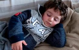 Bé trai 3 tuổi ở nhà cách ly với bố mẹ nhưng chết tức tưởi chỉ vì một sợi dây, tắt thở rồi mới được phát hiện