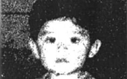 Con trai 18 tháng tuổi bị bắt cóc, mẹ biết danh tính kẻ ác nhưng vẫn không thể tìm được con, 21 năm sau sự thật mới hé lộ