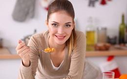 8 món các chuyên gia dinh dưỡng không khuyến khích ăn vào bữa trưa