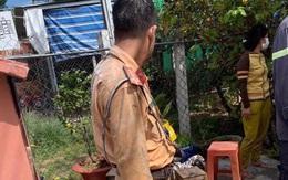 Xúc động hình ảnh chiến sĩ CSGT quân phục ướt sũng, nhuốm bẩn sau khi tham gia chữa cháy ở Tây Ninh