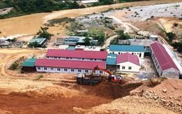 Thanh Hóa: Sạt lở nghiêm trọng đe dọa công trình công sở xã và khu bán trú của hàng trăm học sinh