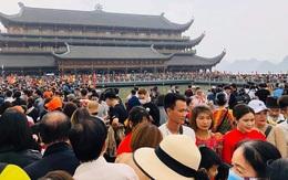Giáo hội Phật giáo Việt Nam khẩn cấp yêu cầu thực hiện phòng dịch COVID-19 sau việc hàng vạn người đến chùa Tam Chúc