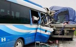 Nghệ An: Khởi tố, tạm giam tài xế xe khách đâm vào đuôi xe đầu kéo khiến 3 người tử vong