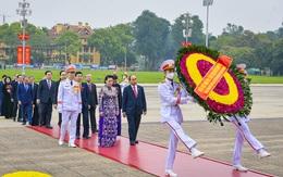 Lãnh đạo Đảng, Nhà nước, ĐBQH vào lăng viếng Chủ tịch Hồ Chí Minh trước phiên khai mạc Kỳ họp thứ 11 - Quốc hội khóa XIV