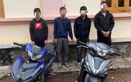 4 thanh niên dùng hung khí trấn lột người đi đường
