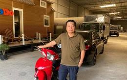 Hành động đẹp của chủ xe Mercedes với người đi xe máy cũ