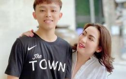 """Nhiều nghệ sĩ bức xúc khi Hồ Văn Cường quyết im lặng đến cùng dù mẹ nuôi bị """"tấn công"""""""