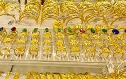 Giá vàng hôm nay 11/10: Lên cận mốc 58 triệu đồng/lượng, các chuyên gia dự báo vẫn còn tăng