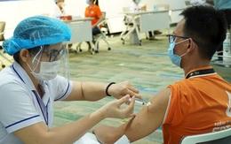 """Bộ Y tế đề nghị điều tra, xử lý thông tin phản ánh """"cò mồi"""" tiêm vaccine ở TP HCM"""