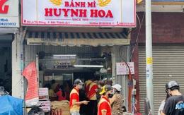 Tiệm bánh mì đắt nhất Sài Gòn đông khách ngày trở lại