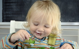 4 loại thực phẩm ngon - bổ - rẻ mẹ cứ cho con ăn thường xuyên để con thông minh, khỏe mạnh mỗi ngày