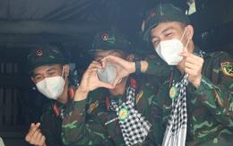 Các chiến sĩ học viên sĩ quan Lục quân 2 rời TP.HCM sau thời gian chống dịch