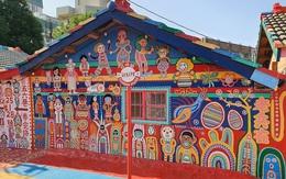 """Ngập tràn sắc màu với """"Ngôi làng Cầu Vồng"""" như cổ tích ở Trung Quốc"""