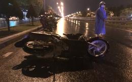 Thanh niên 21 tuổi tử vong cạnh xe máy giữa đường trong đêm mưa