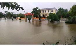 Mưa lớn dài ngày, nhiều địa phương ở Hà Tĩnh ngập nặng
