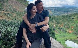 Đạo diễn 'Chuyện của Pao' sống bình lặng bên vợ kém 25 tuổi