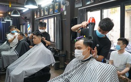 Một thợ cắt tóc dương tính, Hà Nội khẩn tìm người đến Hair Salon Mẹ Ớt