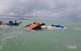 Chìm sà lan 800 tấn trên sông ở Cần Giờ, 1 người mất tích