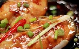 Kho cá, thêm nước nóng hay lạnh thì không tanh, nhiều người làm sai bảo sao món ăn mất ngon