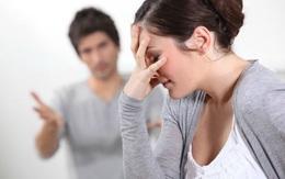 Ly hôn vì chê chồng cũ nghèo khó, đúng ngày tái hôn, người phụ nữ bật khóc khi nhận được 1 thứ không ngờ tới