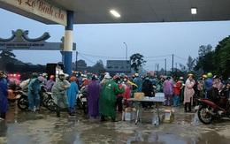 Thanh Hóa: Cuộc hồi hương hơn 1 nghìn cây số dưới trời mưa tầm tã