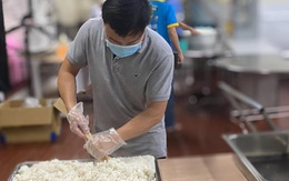 Sống trong mùa dịch: Yêu thương tạo nên sức mạnh, bản lĩnh con người Việt