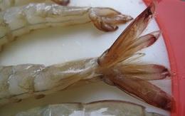 Cách bóc vỏ tôm sống rất mới, rất dễ, rất nhanh
