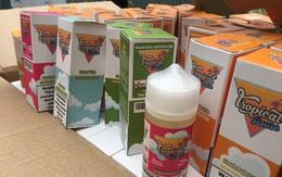 """Hà Nội: """"Tóm gọn"""" gần 14.000 lọ tinh dầu thuốc lá điện tử đang trên đường tiêu thụ"""