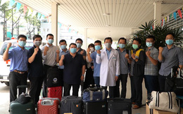 """Đội phản ứng nhanh BV Chợ Rẫy lên đường đến Kiên Giang tăng cường """"lá chắn"""" chống dịch COVID-19"""