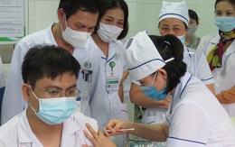 Nghệ An tổ chức tiêm vaccine COVID-19 cho các cán bộ,  y bác sĩ tuyến đầu chống dịch