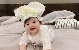 Đông Nhi 'cười ra nước mắt' trước cảnh Ông Cao Thắng cho con gái đội bỉm, nhìn biểu cảm của bé Winnie mới bất ngờ