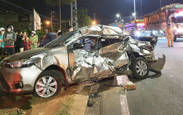 Nữ tài xế ôtô bị xe tải tông tử vong