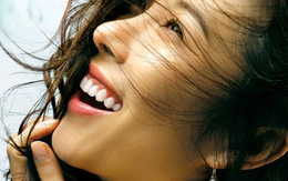 """Nụ cười và 6 câu """"thần chú"""" giúp thoát khỏi trầm cảm, để hạnh phúc mỗi ngày"""