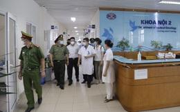 5 người nhà bệnh nhân Bệnh viện K bị phạt 10 triệu vì không đeo khẩu trang