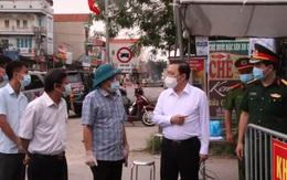 """Phó Chủ tịch UBND TP Hà Nội: """"Phải đảm bảo không có tiếp xúc gần giữa nhà với nhà tại khu vực cách ly xã Tô Hiệu, huyện Thường Tín"""""""