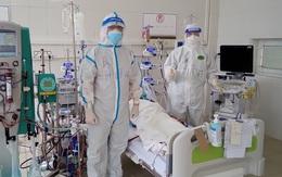 Hai ca bệnh nặng phải đặt ECMO tại Trung tâm Hồi sức tích cực lớn nhất miền Bắc