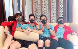Việc đầu tiên của các học trò HLV Park Hang-seo khi đặt chân về tới Việt Nam