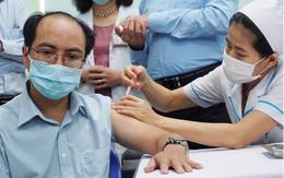 TP.HCM tạm thời chưa tiêm vaccine COVID-19 cho người trên 65 tuổi