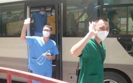 """Đoàn cán bộ y tế Hải Phòng chi viện cho Bắc Giang trở về: """"Chúng tôi rất nhớ người thân"""""""